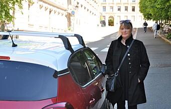 - Her var det sårt tiltrengte HC-plasser, sier bevegelseshemmede Christina. Nå har Oslo kommune fjernet dem