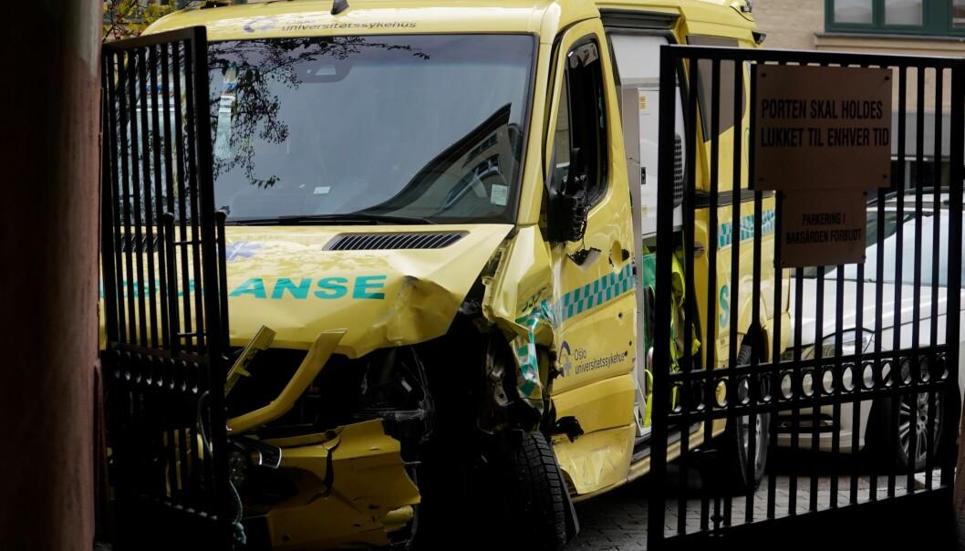 Høsten 2019 endte den ville ferden i et portrom på Torshov. Nå er ambulansekapreren dømt til 12 års forvaring av Oslo tingrett, men mannen har anket dommen.