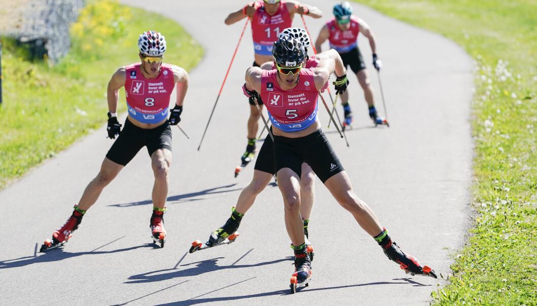 .Johannes Dale tok tredjeplassen og Vebjørn Sørum tok andreplassen i skiskyting under Holmenkollen Skishow. Foto: Terje Bendiksby / NTB