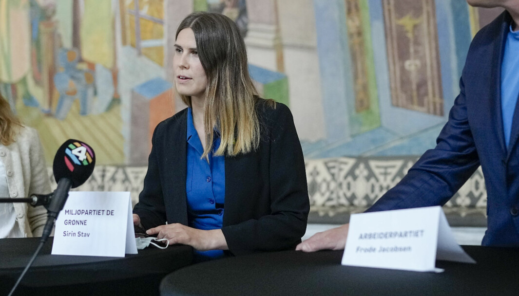 MDGs Sirin Stav opå en pressekonferanse onsdag etter at det ble klart at byrådet gikk av som følge av mistillitsforslaget mot Lan Marie Berg (MDG). Foto: Fredrik Hagen / NTB