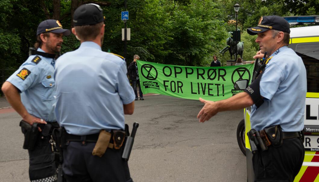 Politiet omdirigerte trafikken da Extinction Rebellion sperret Ankebrua.