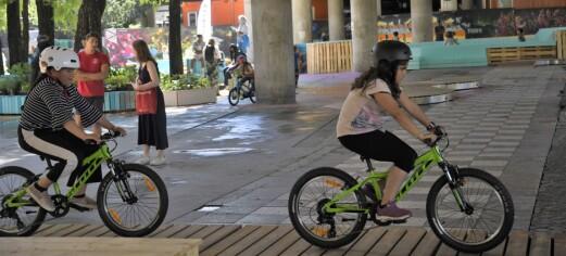 I sommer kan du sykkelcrosse under Nylandsbrua. — Olafiagangen har blitt en perle