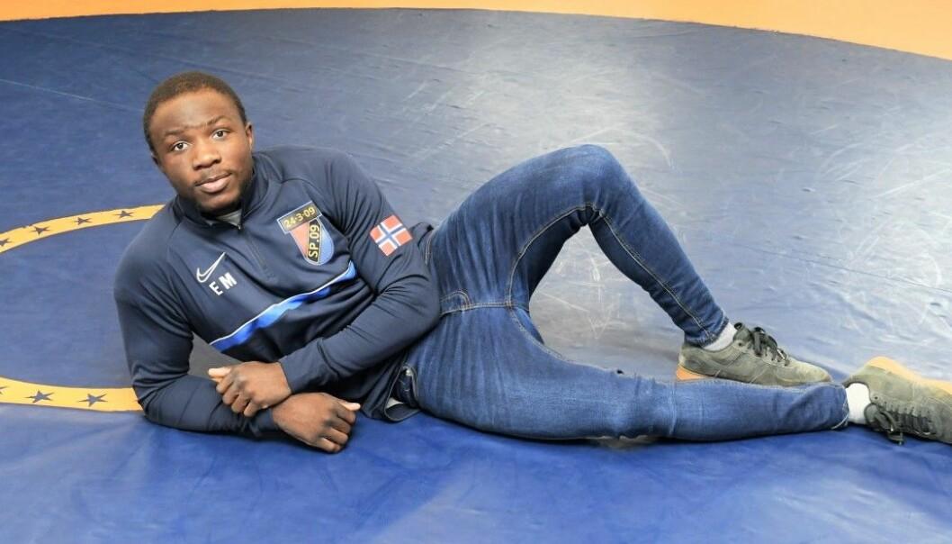 Løkka-bryteren Exauce Mukubu (20) drømmer om edelt metall under høstens junior-VM i bryting i Moskva.