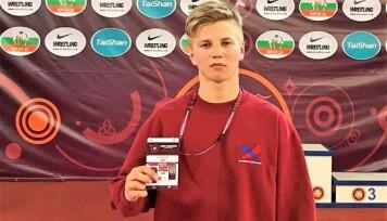 Snorre Harsem Lund har også mulighet til å ta med seg edelt metall hjem fra junior-VM i bryting i Moskva denne uka.