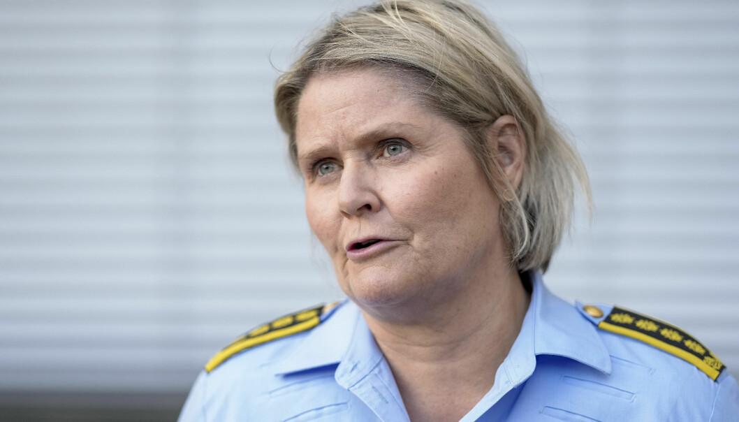 Leder for etterforskning og etterretning i Oslo politidistrikt, Grete Lien Metlid, orienterer om skytehendelsen i Oslo sentrum.