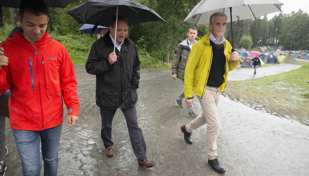 Daværende AUF-leder Mani Hussaini (t.v.), Sveriges statsminister Stefan Löfven og Ap-leder Jonas Gahr Støre på Utøya i 2016. Foto: Håkon Mosvold Larsen / NTB