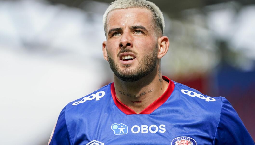 Aron Dønnum blir proffspiller i Belgia. Foto: Torstein Bøe / NTB