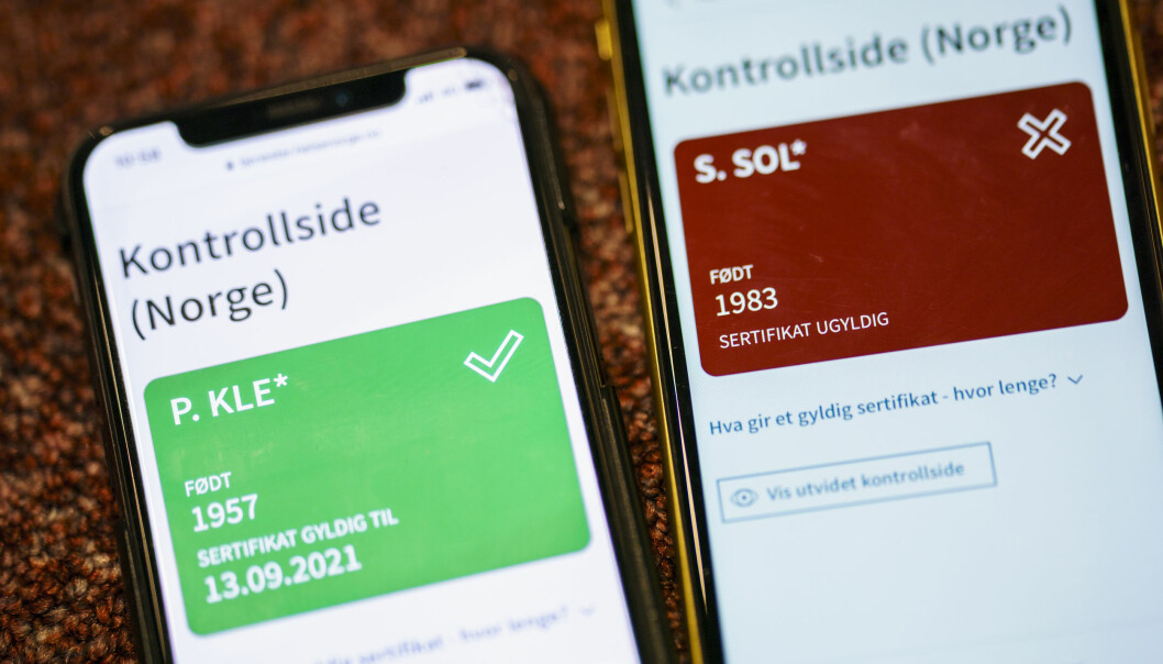 I Oslo er andelen helt uvaksinerte høyest i Søndre Nordstrand bydel med 20 prosent. Koronasertifikat på mobilen viser om du er vaksinert med «rødt eller grønt lys»