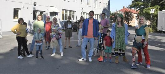 - Den tristeste fargen de kunne ha valgt, sier naboene i Grønvold Hageby. Føler seg overkjørt etter at kommunen malte høyblokk grå