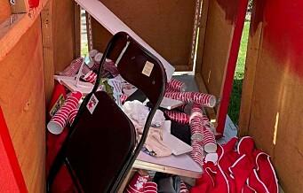 Rødts valgbod på Olaf Ryes plass vandalisert: - En bevisst handling rettet mot oss som parti