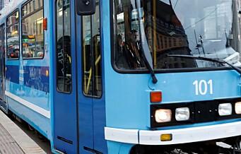 Syklist påkjørt av trikk ved Carl Berner: - All kollektivtrafikk opp Trondheimsveien ble stanset