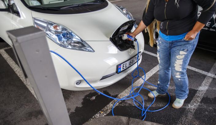 Hos Klarkraft finnes det bare én avtale til kundene. Alle får strøm til selskapets kostpris pluss 35 kroner i måneden. Det er alt.