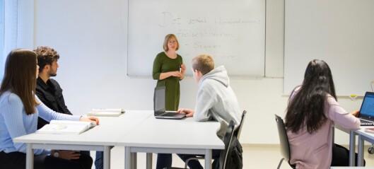 Elevene blir like lett smittet av korona. Men Oslo kommune nektet å gi hurtigtester til private skoler