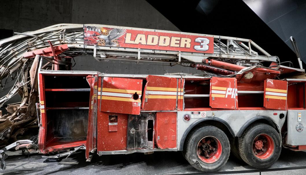 Brannbilen til Ladder 3 viser hvor hardt det gikk for seg den skjebnesvangre dagen for 20 år siden.