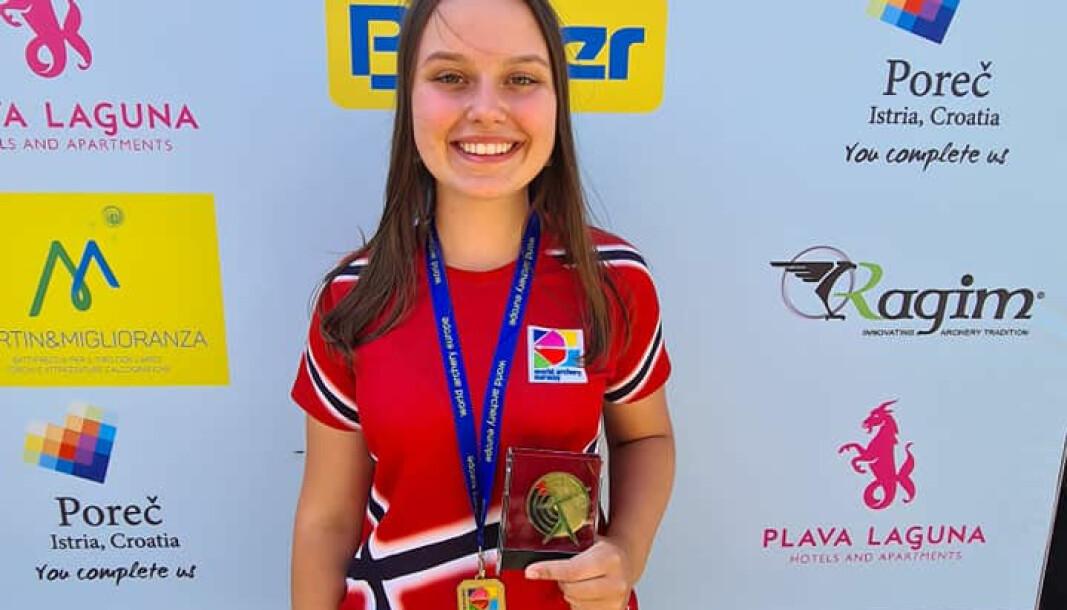 Ylva Hjelle er stolt over bronsen sin fra EM.