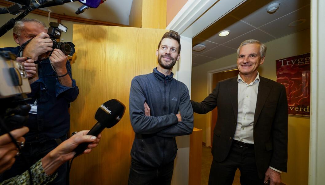 Rødt-leder Bjørnar Moxnes møter Ap-leder Jonas Gahr Støre på Stortinget.