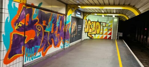 Sporveien om grafitti på Grønland T-banestasjon: - Det mest omfattende hærverket vi har sett på en stund