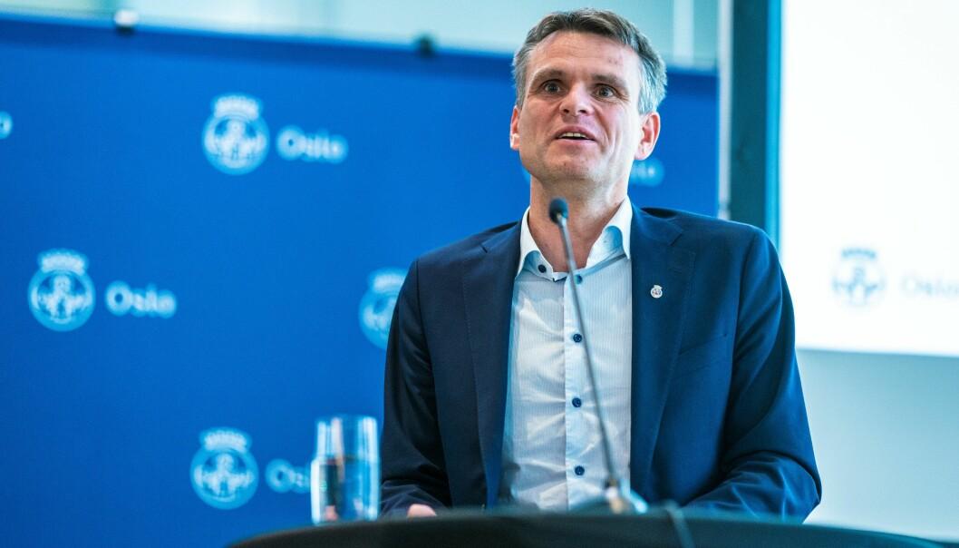 Finansbyråd Einar Wilhelmsen (MDG) legger frem byrådets forslag til Oslo-budsjett for 2022 onsdag.