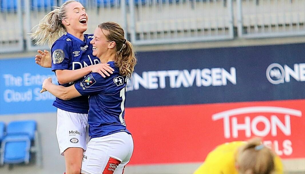 Agnete Nielsen jubler etter å ha blitt matchvinner med to minutter igjen å spille.