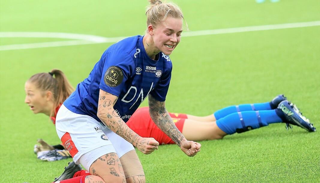 Marie Dølvik Markussen og resten av Vålerenga-damene kunne juble etter å ha slått erkerival Lillestrøm 2-1 hjemme på Valle søndag ettermiddag.