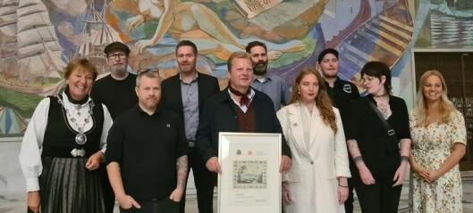 Rockebula Last Train fikk endelig utdelt Oslo bys kunstnerpris i Rådhuset