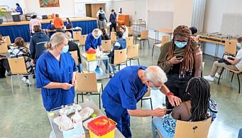 Korona på vei ned: Flere av vaksinesentrene i bydelene stenger, slår seg sammen eller flytter