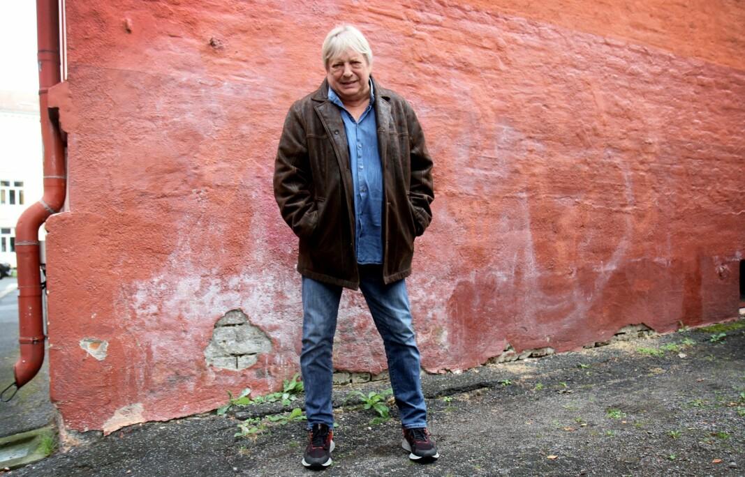 — Det å være popstjerne gir jo masse fordeler i livet, forteller Kjell Asperud (75) aka Kjaperud i boka