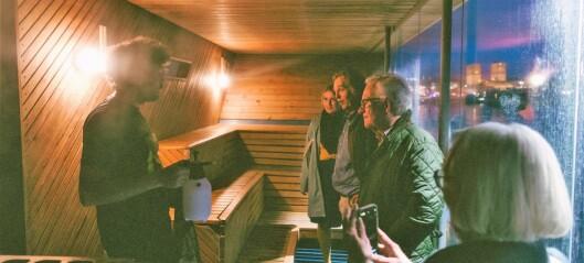 Astrup Fearnley-museet stiller ut lukt. Utenfor museet kan du ta en badstue som stinker av penger