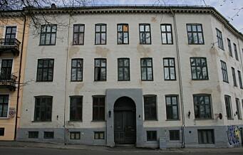 53-åring ga barn trylleopplæring i Munkedamsveien. Nå er han dømt for å ha befølt 13-åringer