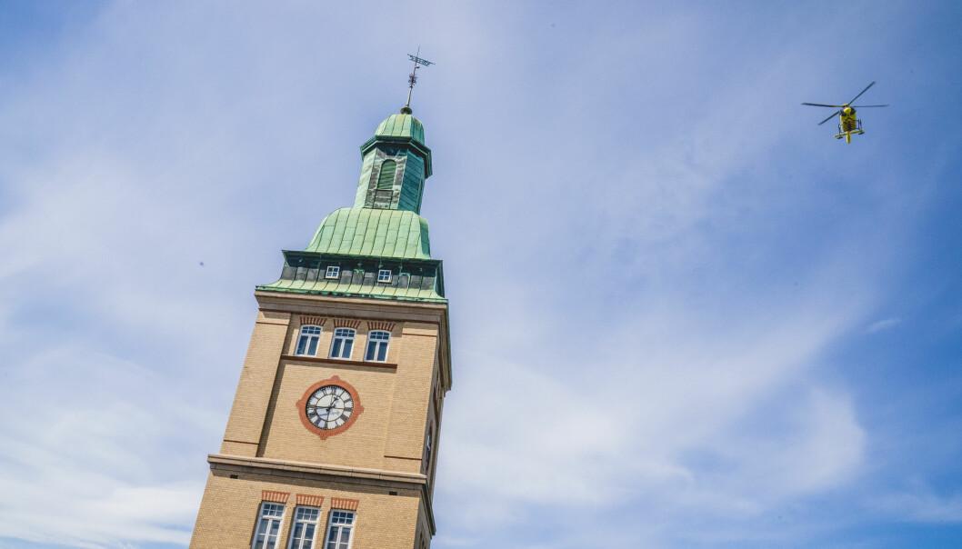 Den nye regjeringen vil ikke stanse nedleggelsen av Ullevål sykehus i Oslo, fremgår det i den nye regjeringsplattformen.